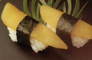 Herring roe (on top) sushi. (photo source)